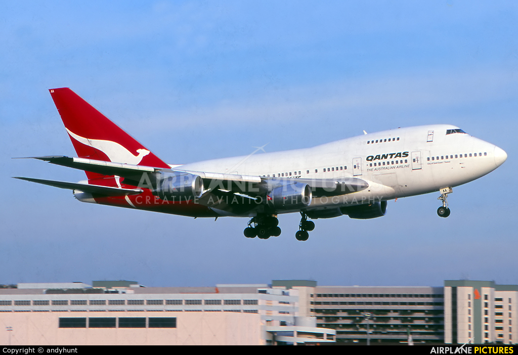 QANTAS VH-EAA aircraft at Singapore - Changi