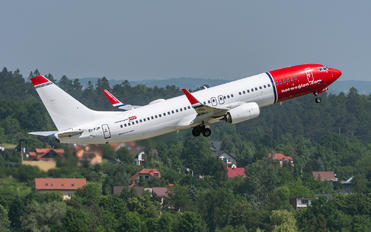 EI-FJP - Norwegian Air International Boeing 737-800