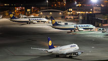 D-AIBF - Lufthansa - Airport Overview - Apron aircraft