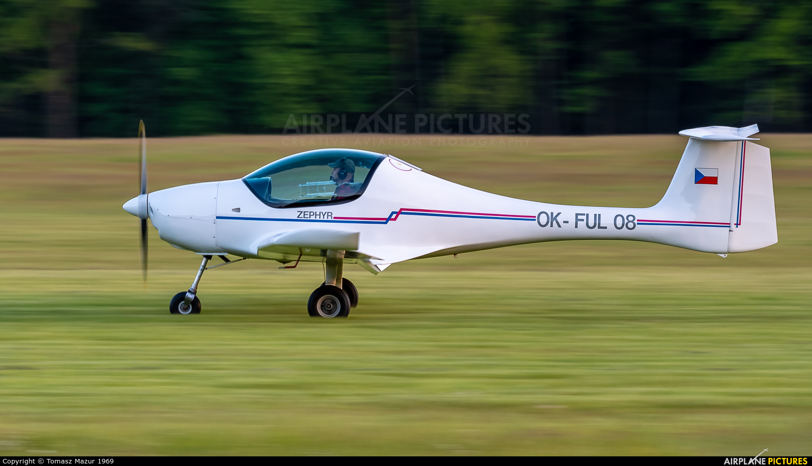Private OK-FUL08 aircraft at Rybnik - Gotartowice