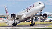 Rare visit of Qatar Boeing 777-300ER to Prague title=