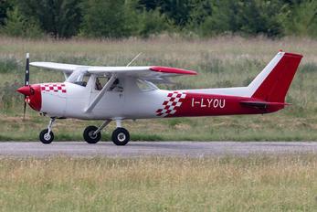 I-LYOU - Private Cessna 152
