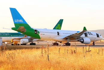 EC-MOY - LEVEL Airbus A330-200