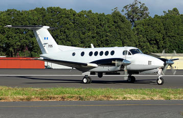 705 - Guatemala - Air Force Beechcraft 300 King Air 350