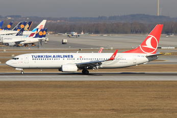 TC-JVZ - Turkish Airlines Boeing 737-800