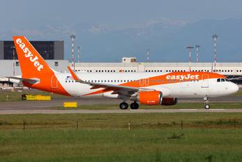 OE-IZO - easyJet Europe Airbus A320