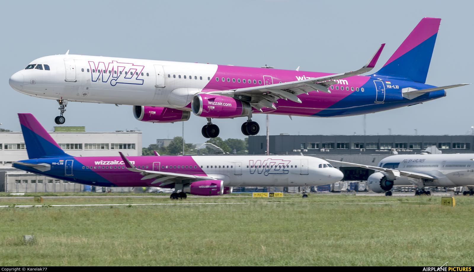 Wizz Air HA-LXI aircraft at Warsaw - Frederic Chopin