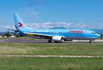 I-NEOW - Neos Boeing 737-800
