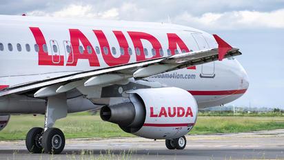 OE-LMC - LaudaMotion Airbus A320