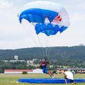 - - - Airport Overview Parachute Parachutist aircraft