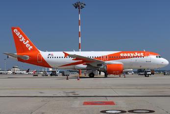 OE-IZE - easyJet Europe Airbus A320