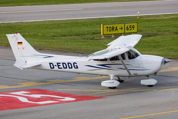 D-EDDG - Private Cessna 172 Skyhawk (all models except RG)