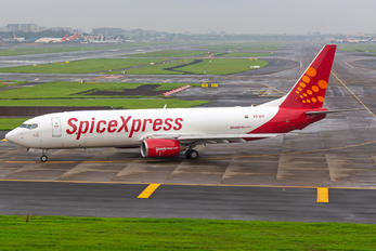 VT-SFF - SpiceJet Boeing 737-800(BCF)