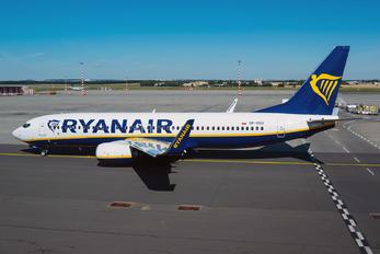 SP-RSU - Ryanair Sun Boeing 737-800