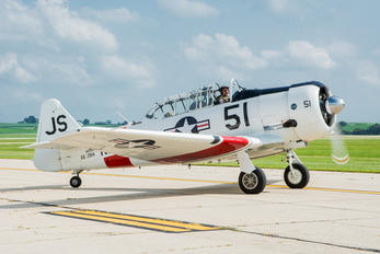 N8994 - Private North American Harvard/Texan (AT-6, 16, SNJ series)