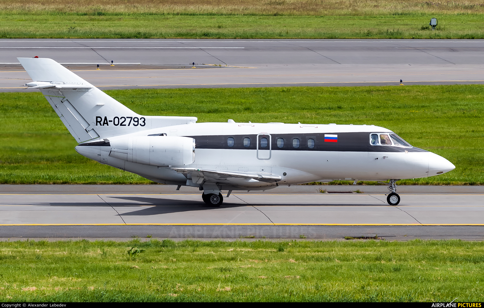 Weltall Avia RA-02793 aircraft at St. Petersburg - Pulkovo