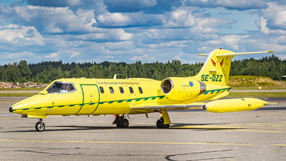 SE-DZZ - Scandinavian Air Ambulance Learjet 35 R-35A