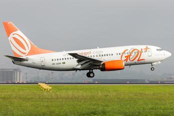 PR-GOW - GOL Transportes Aéreos  Boeing 737-700