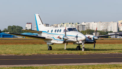 SP-ISS - Private Beechcraft 90 King Air