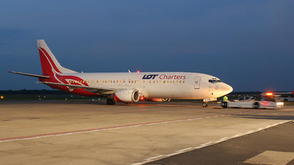 SP-LLG - LOT Charters Boeing 737-400