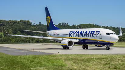 SP-RSK - Ryanair Sun Boeing 737-800