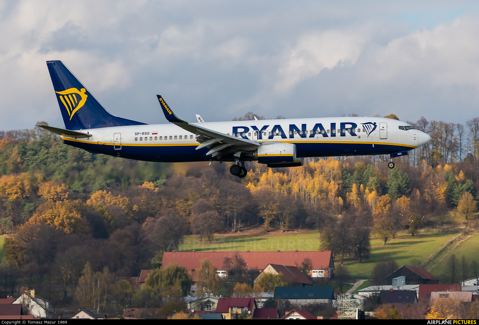 Ryanair Sun SP-RSO aircraft at Kraków - John Paul II Intl