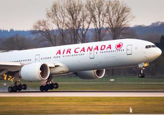 C-FNNW - Air Canada Boeing 777-300ER