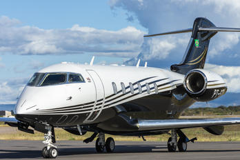 PT-STU - Private Bombardier BD-100 Challenger 300 series