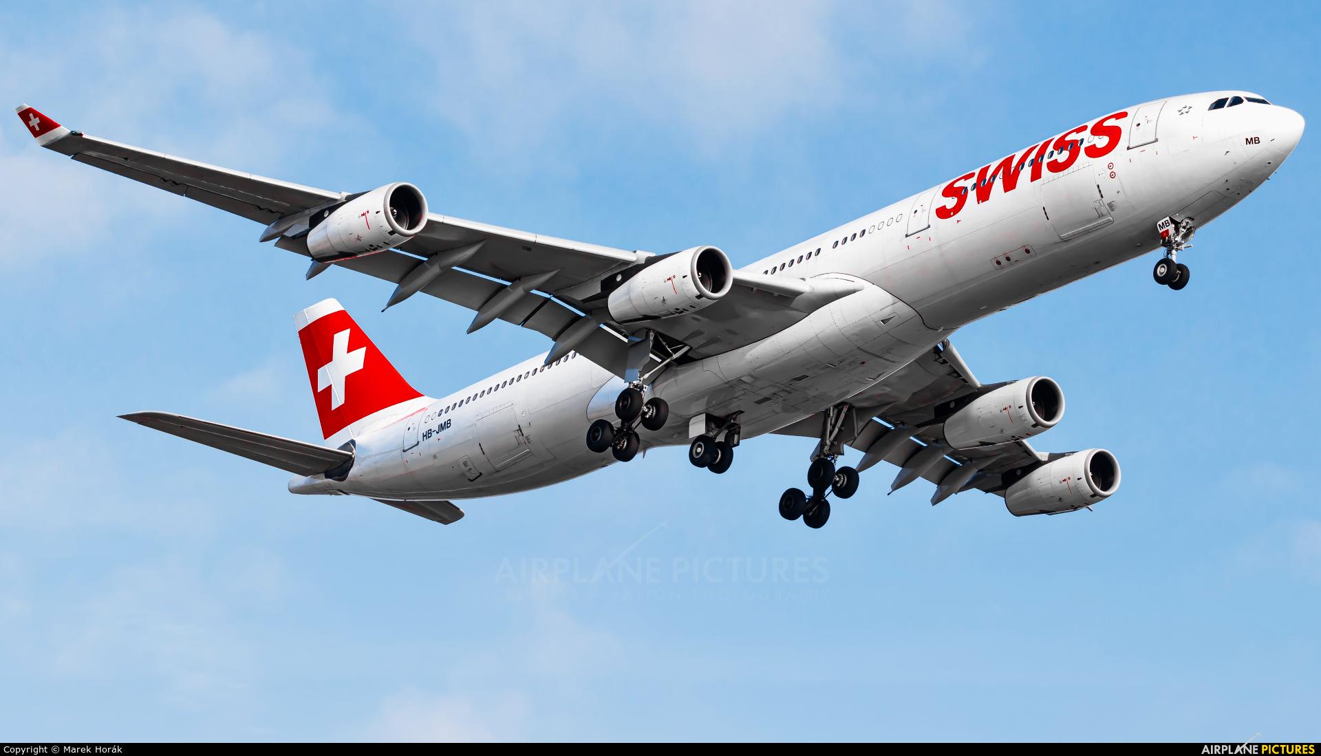 Swiss HB-JMB aircraft at Zurich