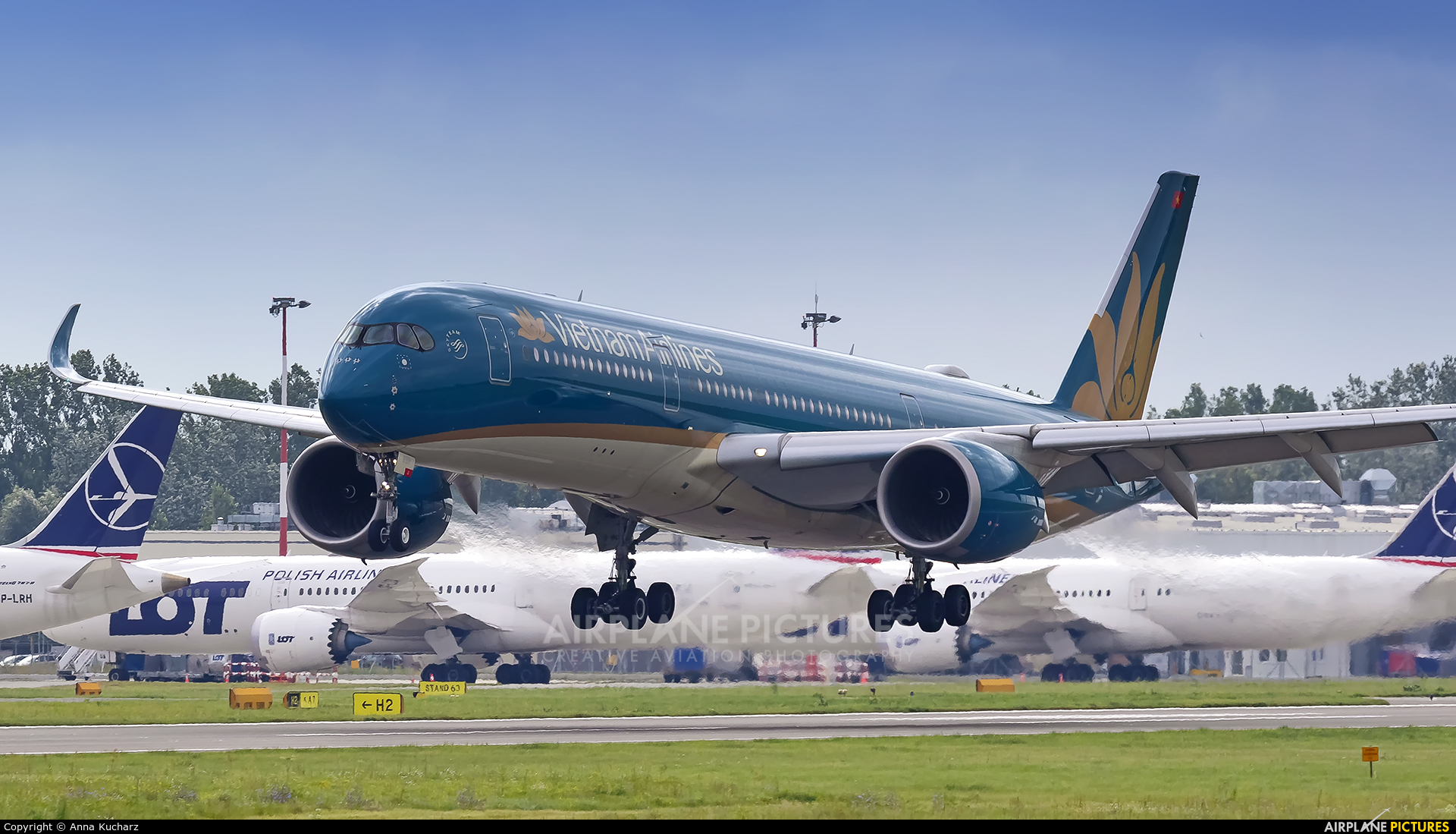 Vietnam Airlines VN-A898 aircraft at Warsaw - Frederic Chopin