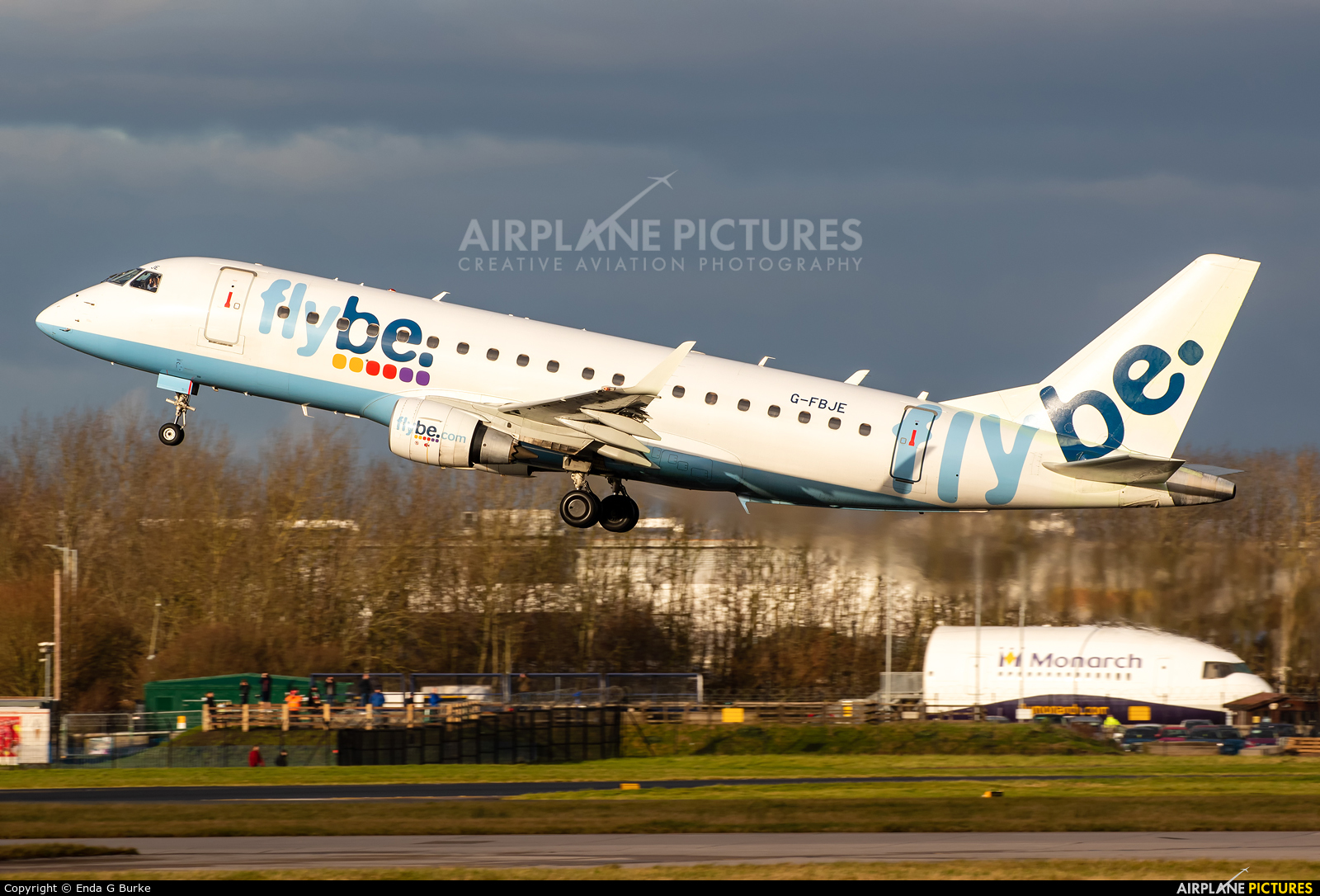 Flybe G-FBJE aircraft at Manchester