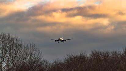 N24974 - United Airlines Boeing 787-9 Dreamliner