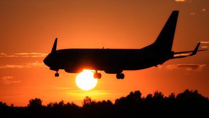 SP-RSG - Ryanair Sun Boeing 737-8AS