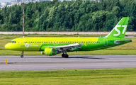 VP-BCZ - S7 Airlines Airbus A320 aircraft
