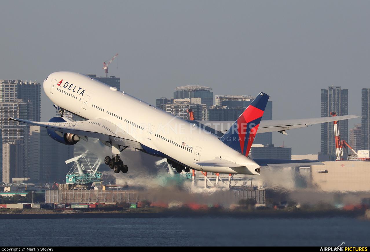 Delta Air Lines N860DA aircraft at Tokyo - Haneda Intl