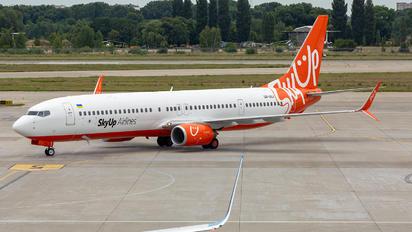 UR-SQJ - SkyUp Airlines Boeing 737-900