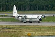 Rare visit of Algerian C-130 to St. Petersburg title=