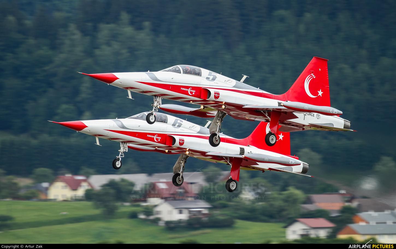 Turkey - Air Force : Turkish Stars 71-3049 aircraft at Zeltweg