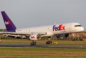N913FD - FedEx Federal Express Boeing 757-200F aircraft