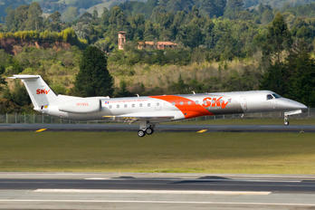 HI1053 - Sky High Embraer ERJ-145LR