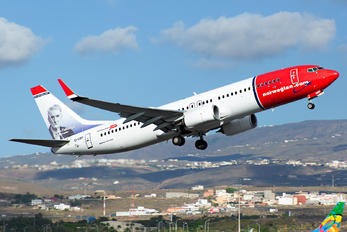 EI-GBF - Norwegian Air International Boeing 737-800
