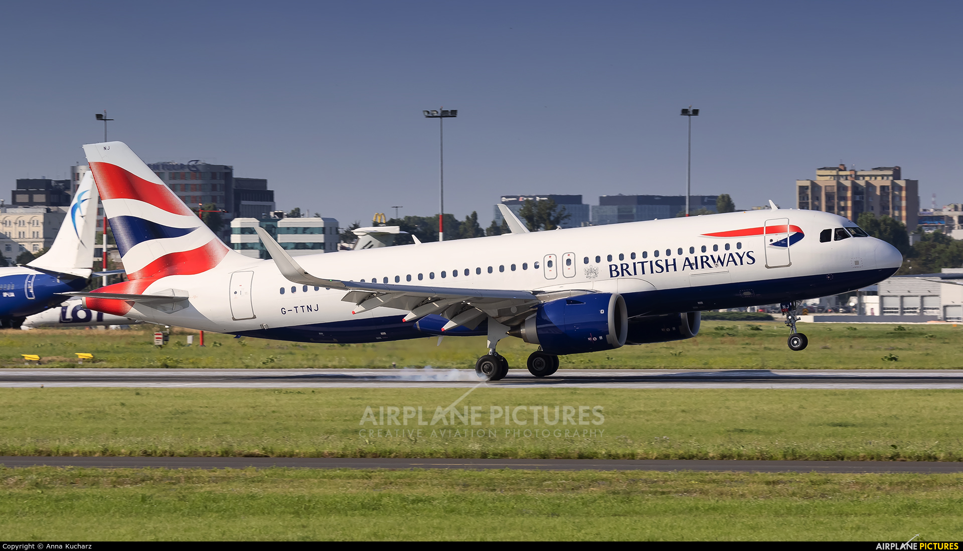 British Airways G-TTNJ aircraft at Warsaw - Frederic Chopin