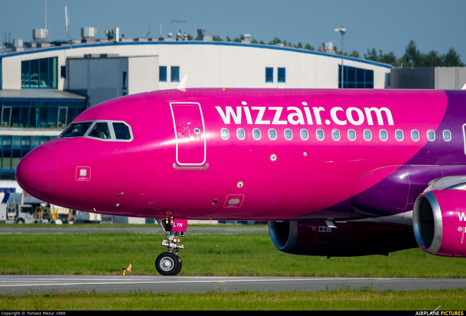 Wizz Air HA-LYN aircraft at Katowice - Pyrzowice