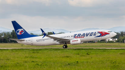 OK-TVS - SmartWings Boeing 737-800