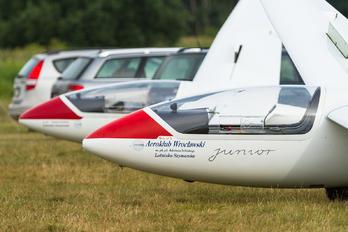 SP-3432 - Aeroklub Wroclawski PZL SZD-51 Junior