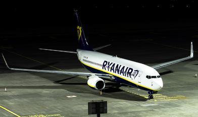 EI-GXI - Ryanair Boeing 737-8AS