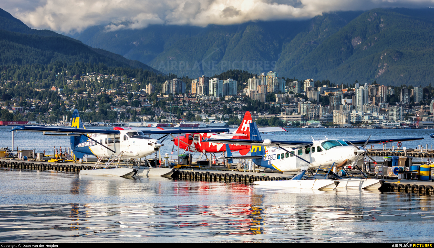 Harbour Air C-FLHA aircraft at Victoria Harbour, BC
