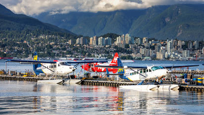 C-FLHA - Harbour Air Cessna 208B Grand Caravan