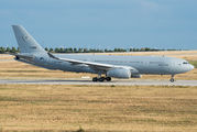 Airbus A330MRTT of NATO visited Leipzig for training title=