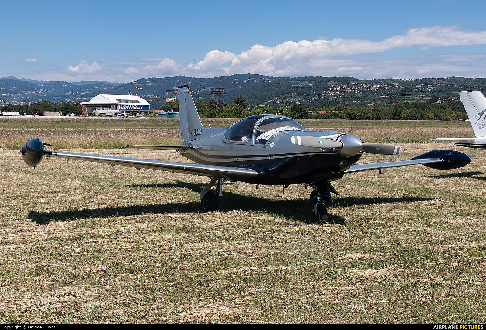 Private I-ISAH aircraft at Verona - Boscomantico
